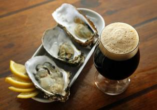 Stout beer and oysters